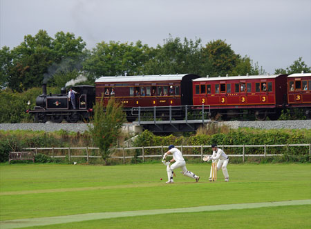 32670 Cricket at Robertsbridge 21 09 2013 Copyright Hugh Nightingale