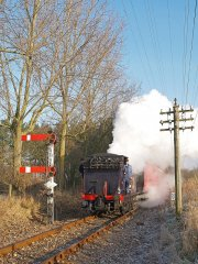 "No 3 ""Bodiam"" top Wittersham Bank heading for Bodiam on 30-12-08 © Ian Scarlett"